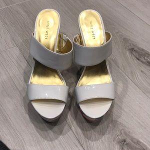 Women's size 9 Nine West sandal.